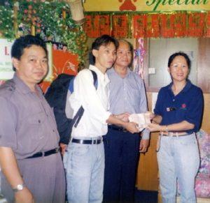 2002 Sponsor Sukau Villager Abdul Ghatar Bin Ismail to University Teknologi Mara