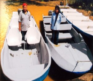 2008 2 boats give to Villagers for Homestay programs