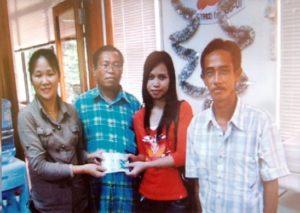 2006 Sponsor RM1500 for flight ticket and fee to Noraini Binti Tahir to UITM