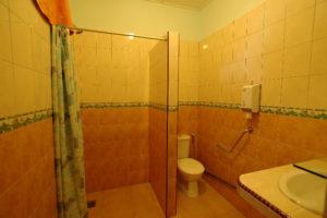 7.Toilet
